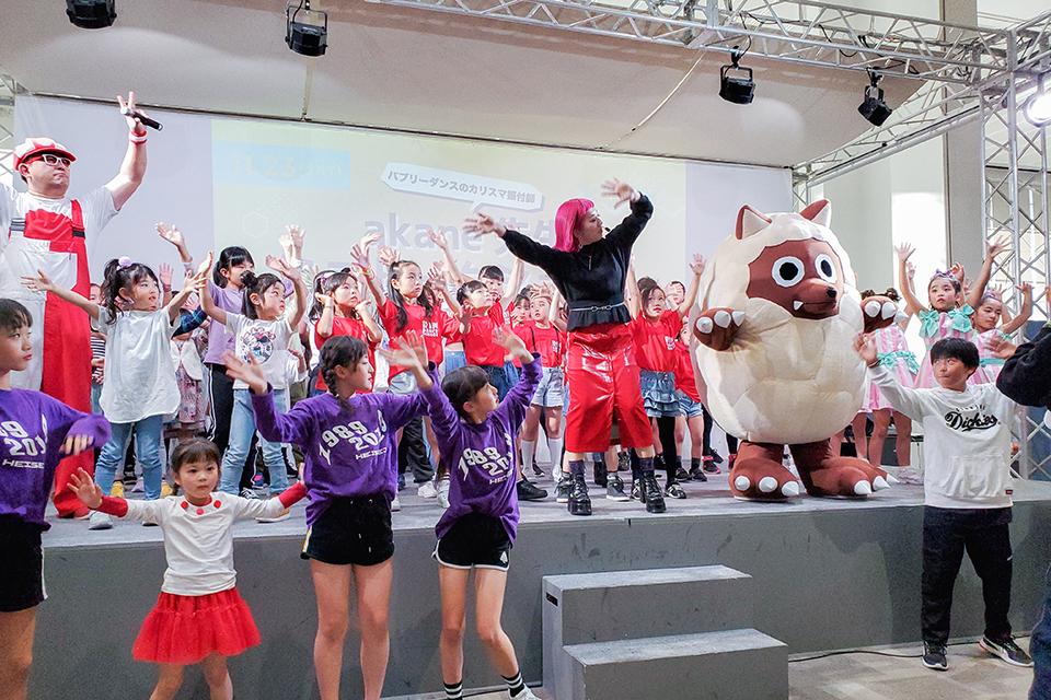 エアポートウォーク名古屋  ゲスト・ダンスステージイベント